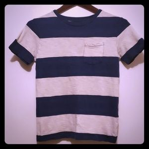 Gap, Boys T Shirt with Front Pocket, Size 10